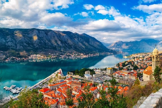 Joyful private transfer from or to Kotor