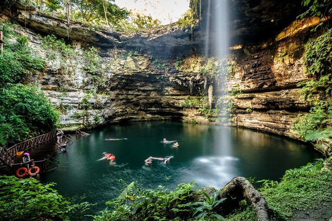 Private Chichen Itza Tour with Cenote Swim - Licenced Guide