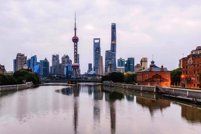 Shanghai Private Layover Tour Jade Buddha Temple Sunset in Oriental Pearl Tower