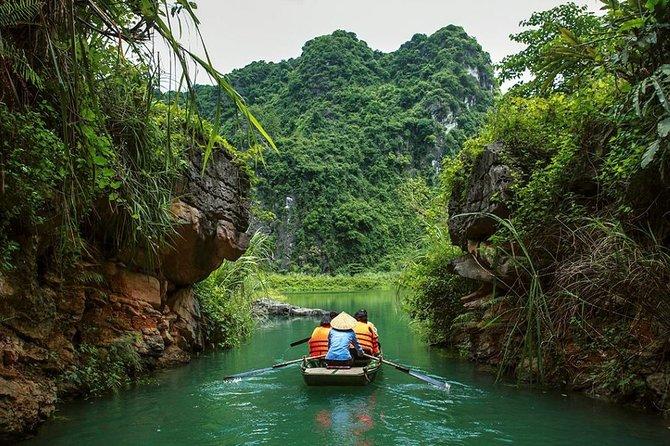 Trang An Grottos & Bai Dinh Pagoda : Fullday Ninh Binh Private Tour