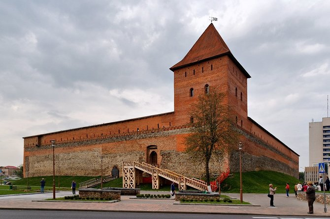 Sightseeing tour from Minsk to Lida