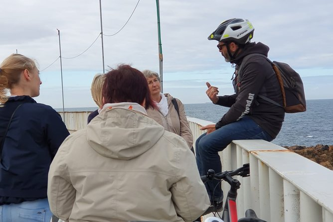 Historic Guided Tour - Electric Bike (Half day)