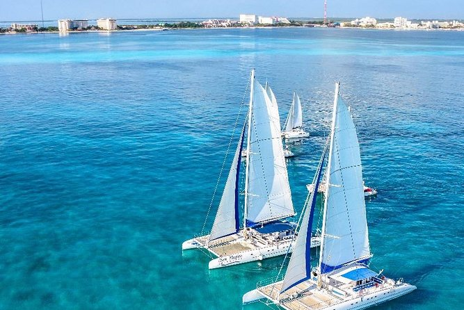 Enjoy a complete tour to Isla Mujeres with all inclusive from Cancun