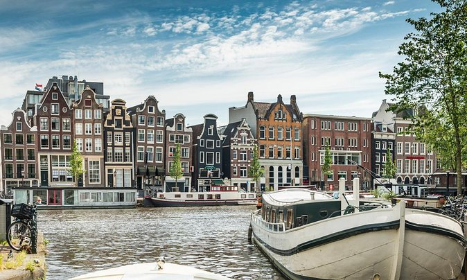 Experience Amsterdam with a Local Guide