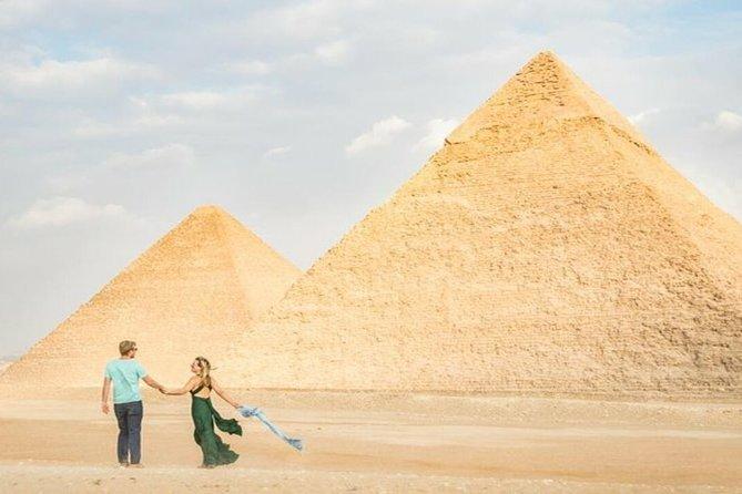 private tour guide to Giza Pyramids & Sphinx
