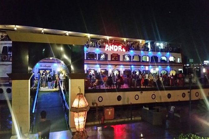 Dinner Cruise on the Nile River with Show