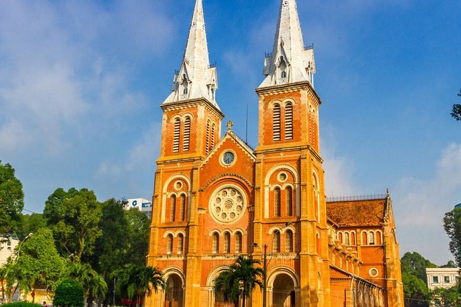 Ho Chi Minh Half-Day Private City Tour with Rickshaw Ride