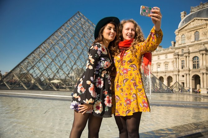 Withlocals Connect: Louvre Museum Small-Group Tour with Local Guide