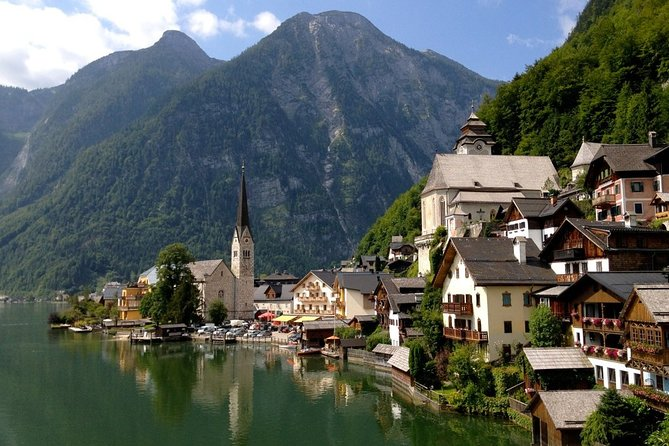 Private day tour to Lake District and Hallstatt from Salzburg