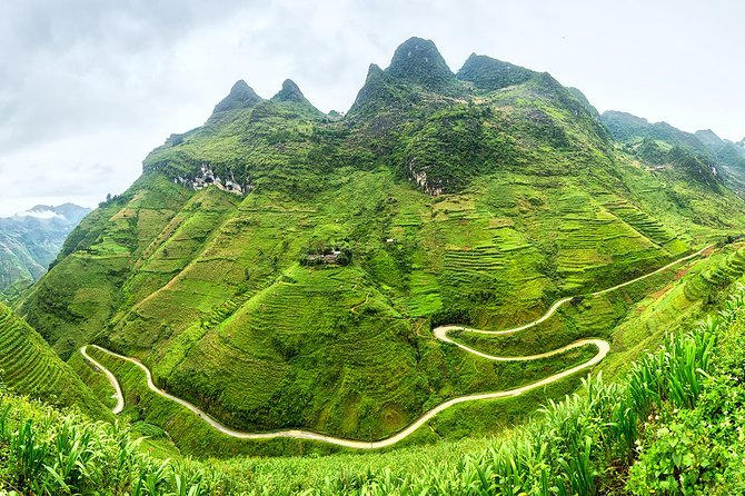 Tour of Ha Giang, Dong Van, Ma Pi Leng, Nho Que River, and Du Gia village