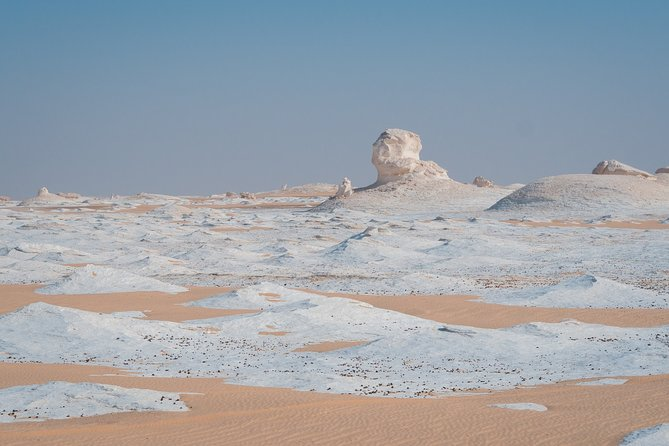 2-Day Bahareya Oasis White Desert Private Tour from Cairo