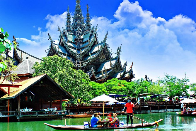 Sanctuary of Truth at Pattaya Admission Ticket with Transfer