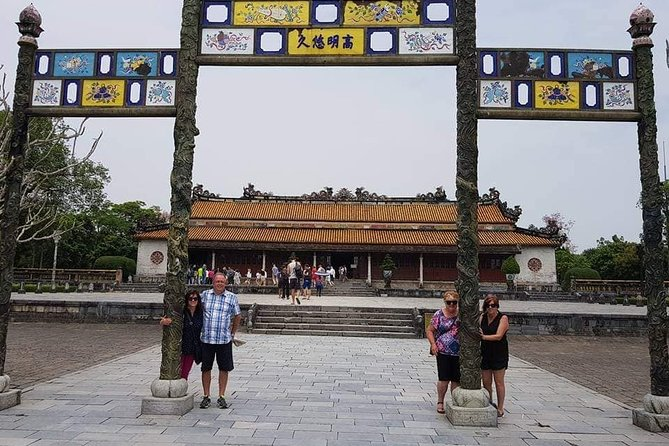 Private Hue City Full-Day Tour with Boat Trip and Lunch