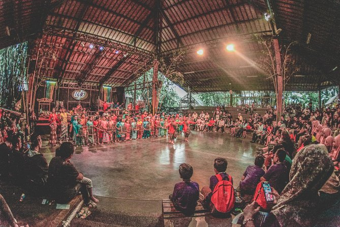 Private Tour to Patuhan Volcanic Crater and Angklung Show