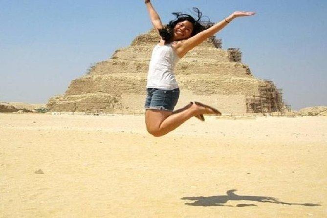 special tour to visit Sphinx ,Giza Pyramids and Saqqara Pyramids