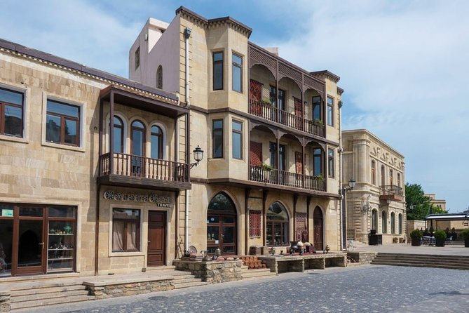 Virtual Live Experience of Central Baku Highlights