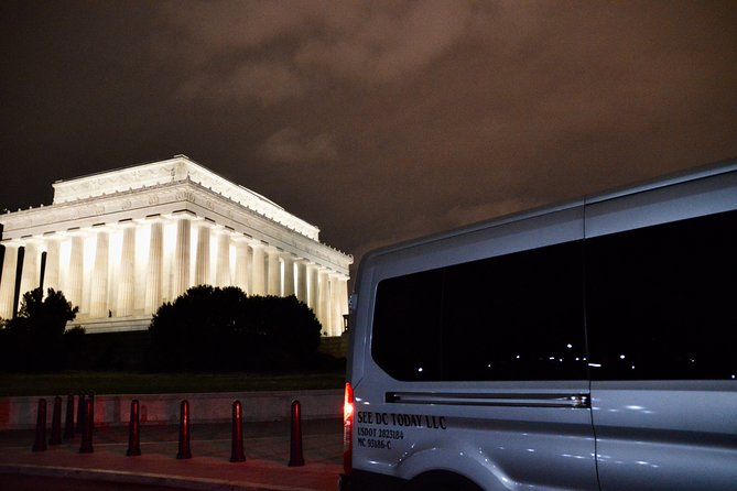 Washington DC Night Tour with Transportation