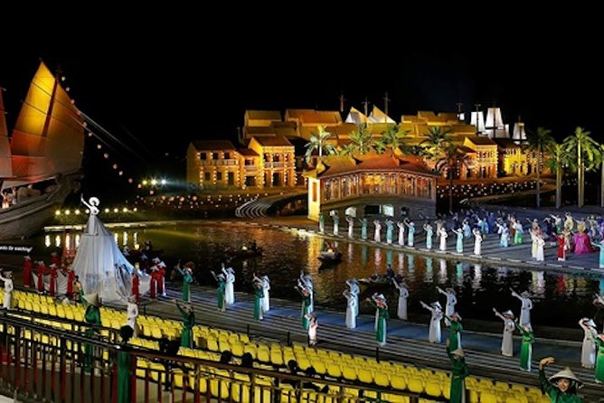 Great Hoi An Memory Show and Dinner with Pick up from Hoi An