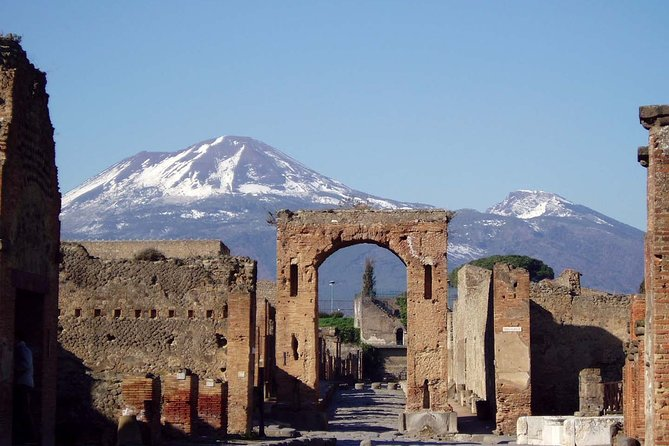 Transfer Sorrento to/from Fiumicino FCO Airport optional Pompeii Stop photo 7