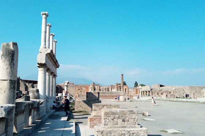 SkipTheLine Fast Access Pompeii Archaeological Park with Expert Tour Guide