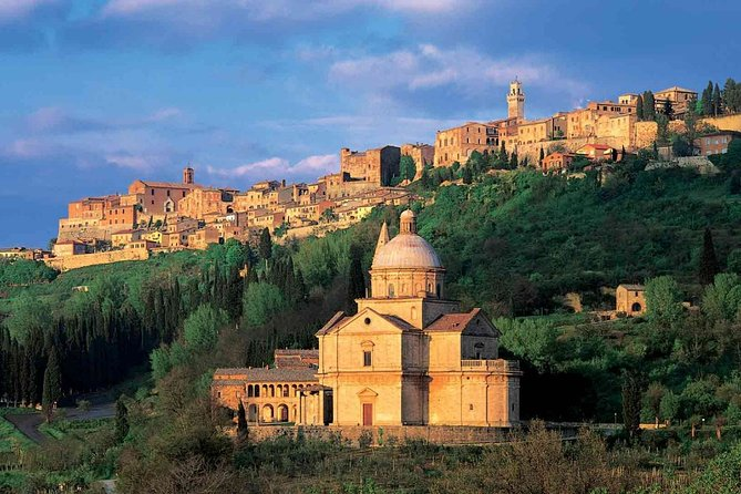 Sommelier Vip Experience in Tuscany Lands from Rome