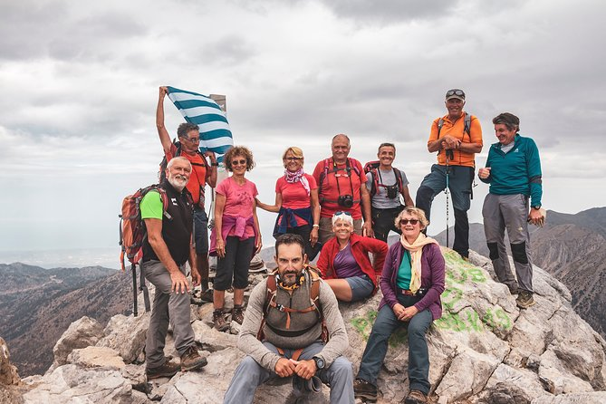 Full-Day Mount Gigilos Hiking Tour from Bali Crete with Lunch
