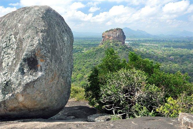 Private Full Day Trip Pidurangala & Madirigiriya from Sigiriya/Habarana
