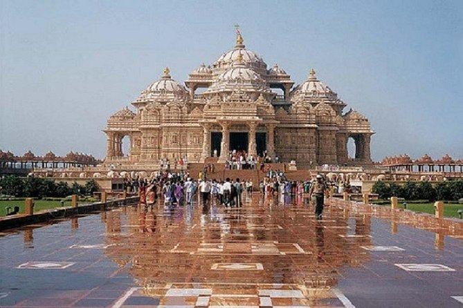 Taj Mahal Pilgrimage and Top Hill Station 10-Day India Tour