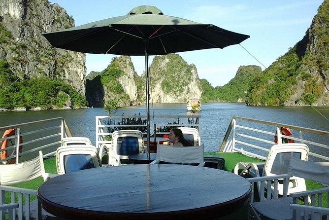 SMALL GROUP - CHARTER BOAT Halong & Bai Tu Long Bay ALL INCLUSIVE 1-NIGHT