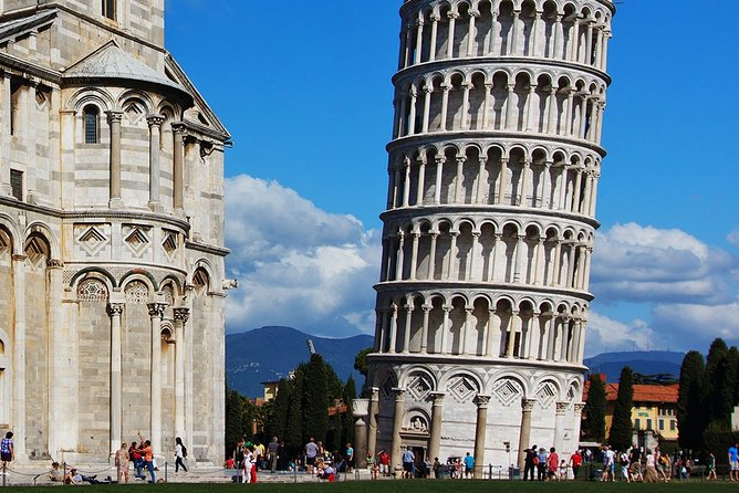 Pisa and Cheese Factory Tour in Tuscany with Wine Experience