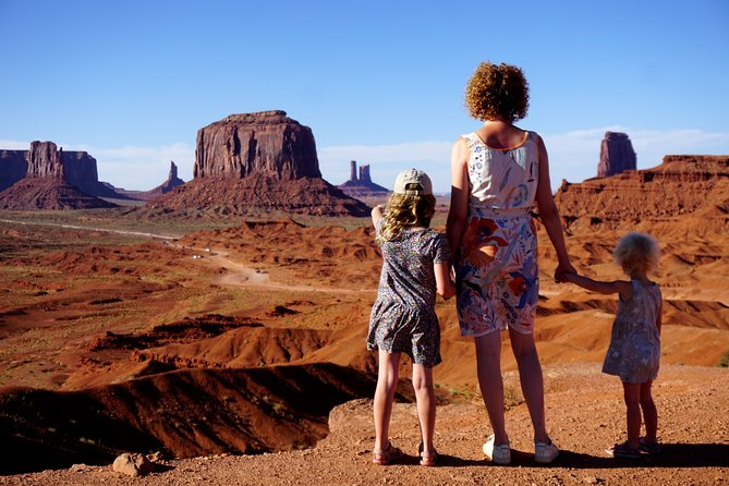 2-Day Camping in Monument Valley with Navajo Indians