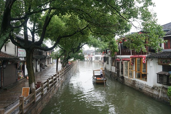 Guided Half-Day Zhujiajiao Water Town Tour from Shanghai