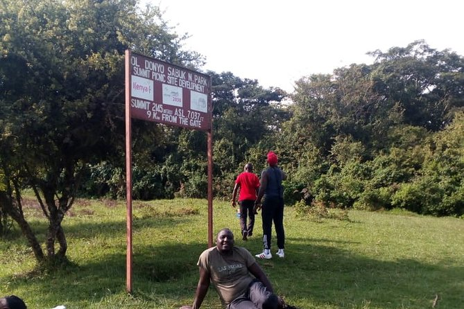 Oldonyo Sapuk Full-Day Private Hiking Tour from Nairobi