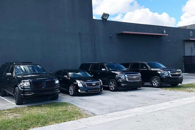 New Orleans Roundtrip Chauffeur Driven Airport Transfer