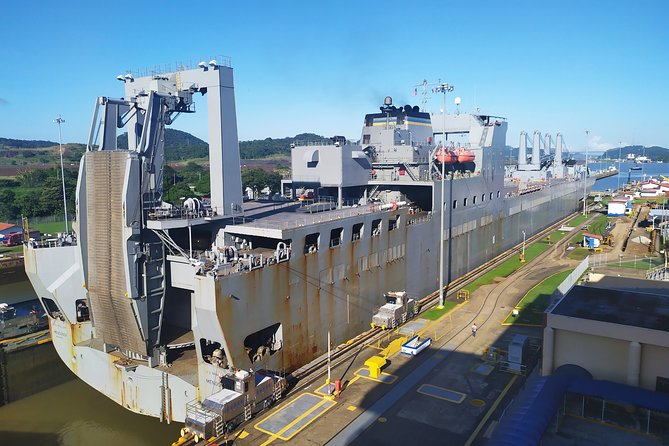 Panama Canal Miraflores Locks and City Tour