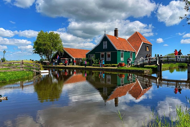Half-Day Private Guided Sightseeing Tour of Zaanse Schans