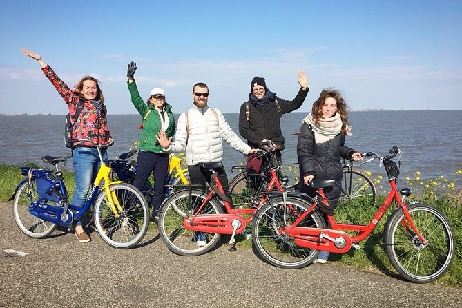 Full-Day Private Guided Countryside Tour of Amsterdam by Bike