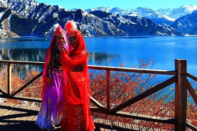 Full-Day Private Guided Tour to Heavenly Lake of Tianshan