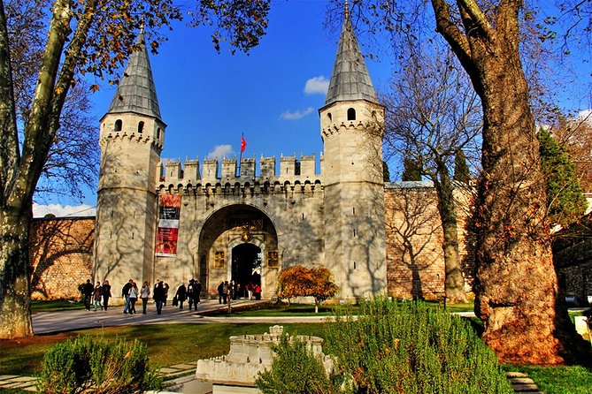 8 Day Istanbul Cappadocia Tour by Deluxe Vehicle