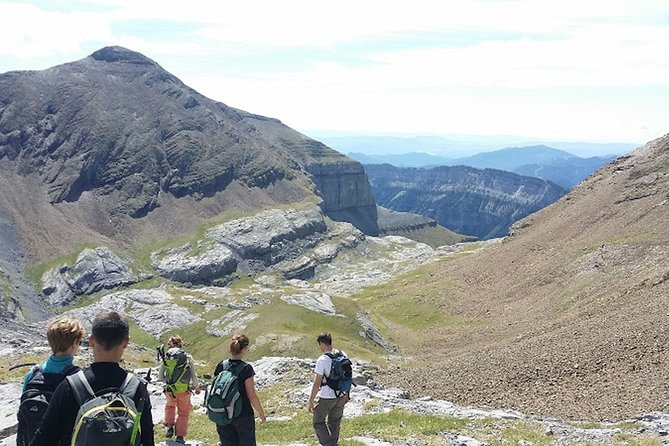 Guided hike on the other side of the Cirque de Gavarnie, another world !!