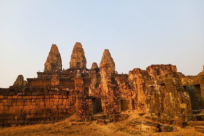 Private One Day Tour to Discover 3 Main Temples with sunset