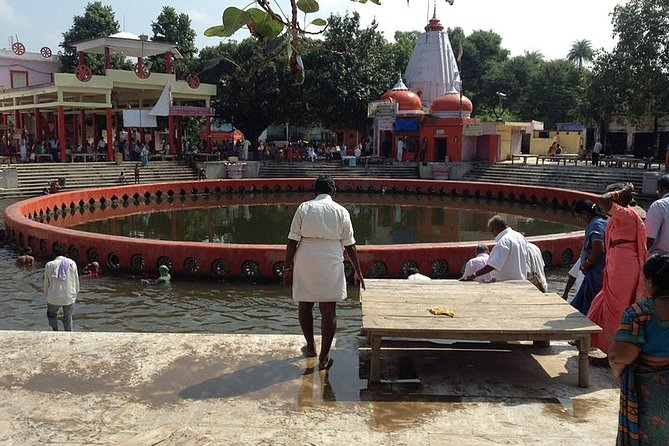 Private Cultural Hindu Tour of Naimisharanya from Lucknow