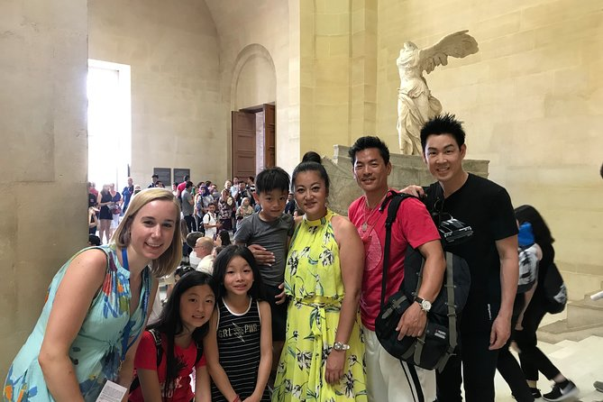 Kids & Family Treasure Hunt! Private Louvre Tour with Lauren