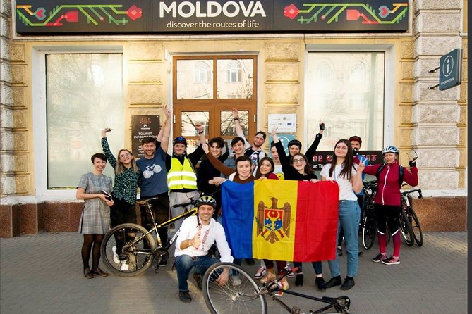 Chisinau Half-Day Private Tour by Bike with Local Guide