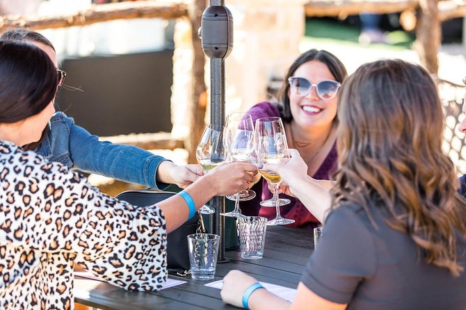 Half-Day Guided Tour of North Texas Wineries and Vineyards with Wine Tastings