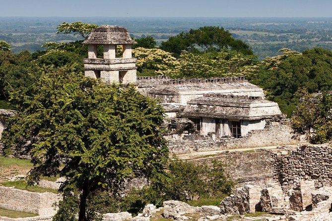 From Palenque Zona Arq. Misol Ha, Agua Azul and Transfer to San Cristóbal