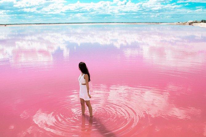 Las Coloradas Natural Pink Lake Tour from Cancun