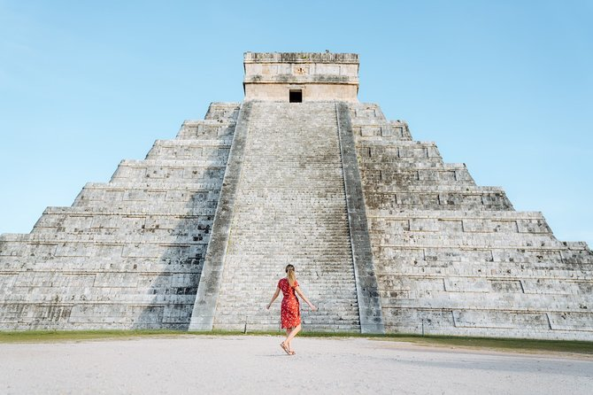 Mayan Adventure to Chichen Itza and Cenote with Transportation