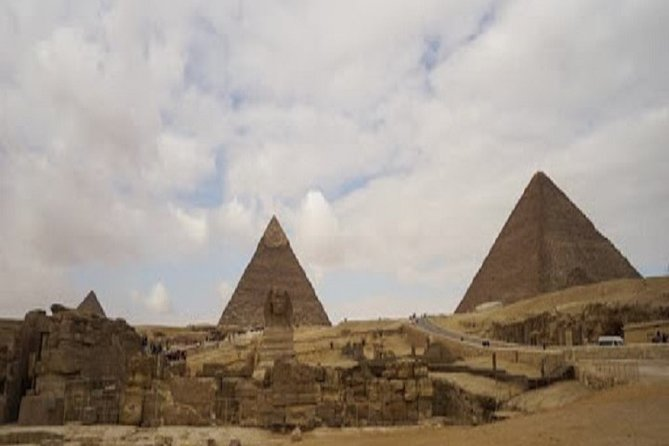 2-Day Giza Pyramids and Old Cairo Private Tour with Guide