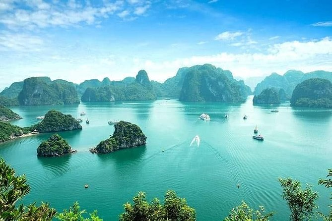 Ha Long Bay Overnight Cruise from Ha Noi